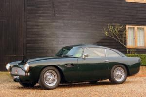 Picture of Aston Martin DB4