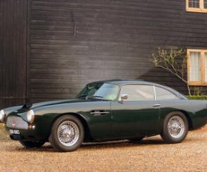 Picture of Aston Martin DB4