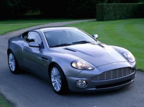 Image of Aston Martin V12 Vanquish