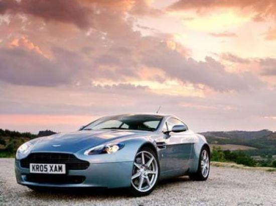 Image of Aston Martin V8 Vantage