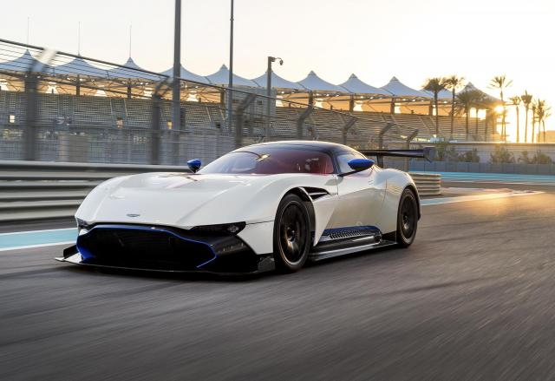 Aston Martin Vulcan Rml Road Car Specs Performance Data Fastestlaps Com