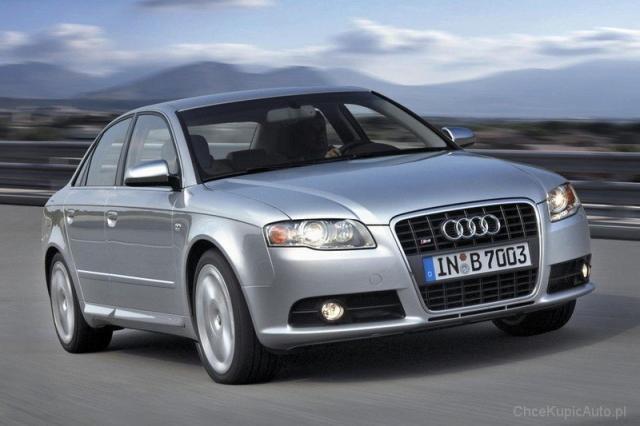 Image of Audi A4 3.2 FSI