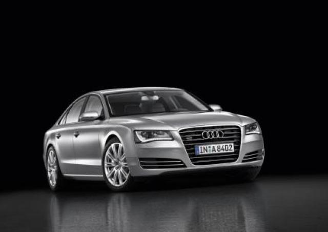 Image of Audi A8 4.2 FSI quattro