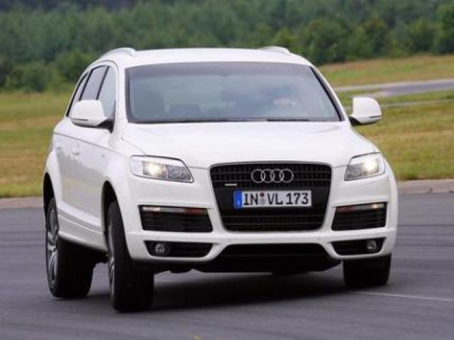Image of Audi Q7 4.2 TDI