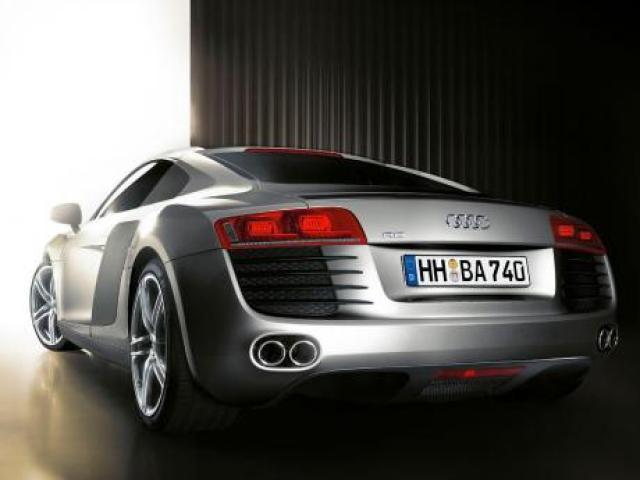 Image of Audi R8 4.2 FSI Quattro