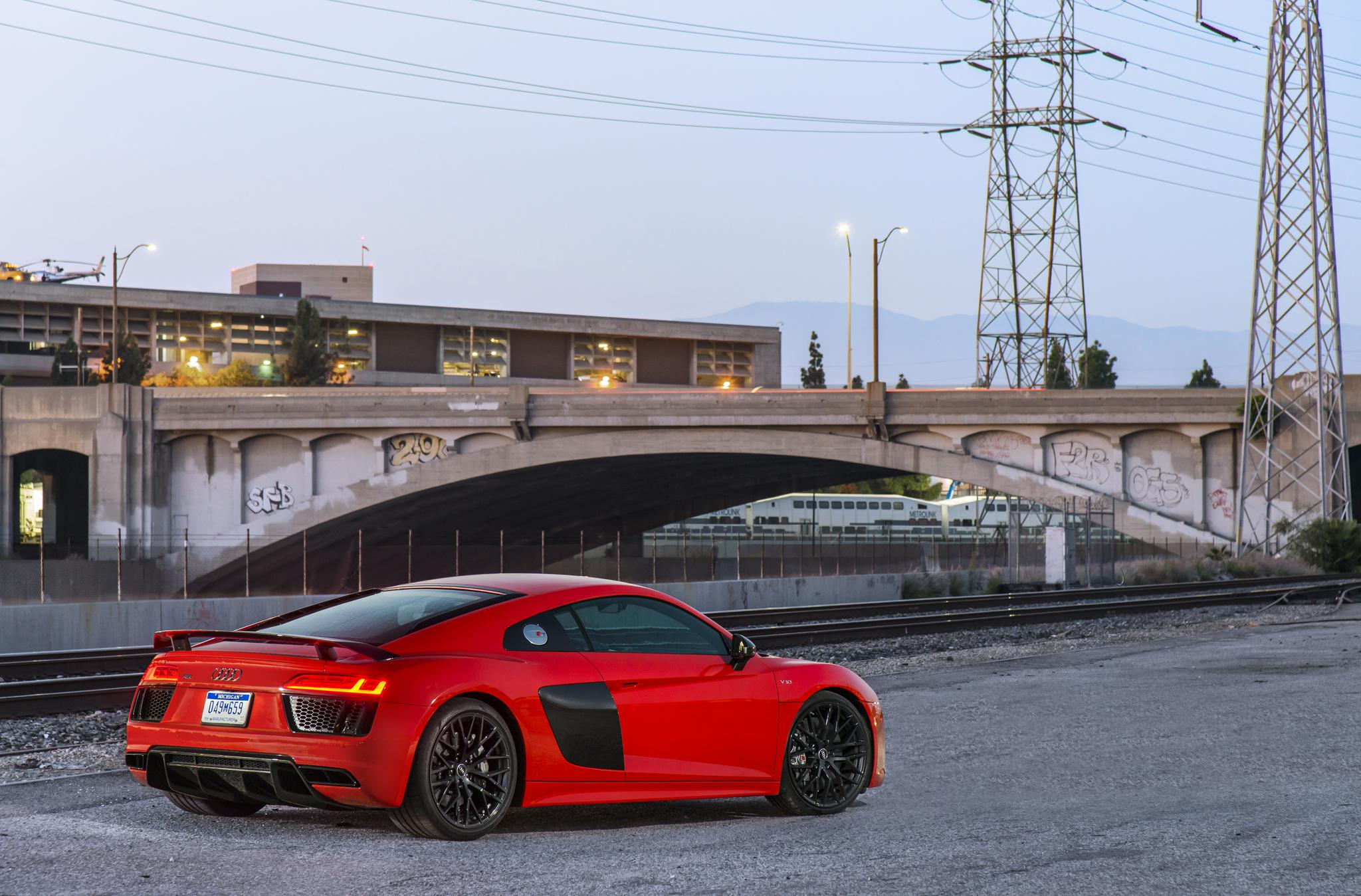 Audi R8 V10 Plus Mk II laptimes specs performance data