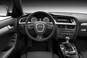 Photo of Audi S4 Avant B8