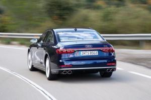 Photo of Audi S8 D5