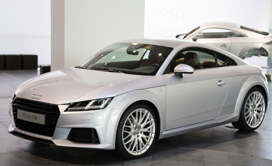 Audi TT 2.0 TDI Ultra specs, 0-60, quarter mile, lap times - FastestLaps.com