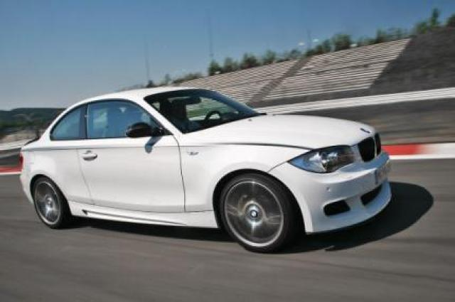 Image of BMW 135i Performance Option