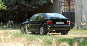 Photo of BMW 323ti E36