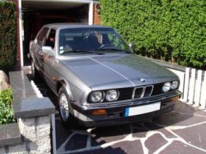 Photo of BMW 324 td E30
