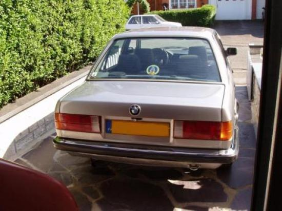 Image of BMW 324 td E30