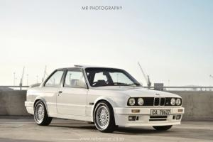 Picture of BMW 325is (197 PS)