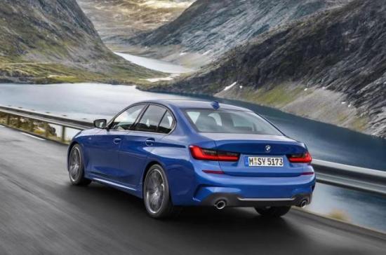 Image of BMW 330e