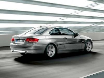 Image of BMW 330i Coupe