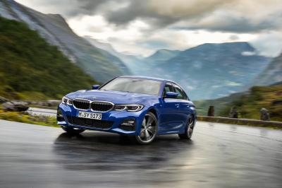 Image of BMW 330i