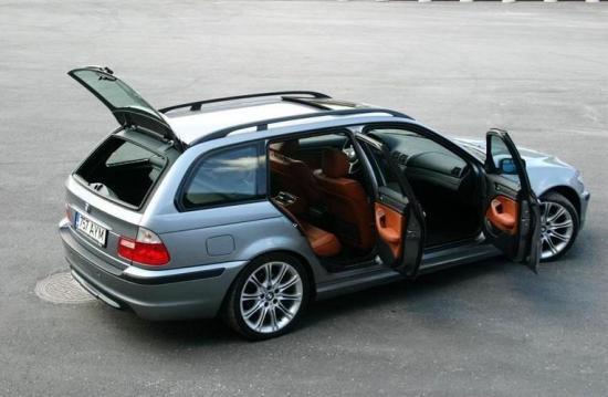 Image of BMW 330i Touring