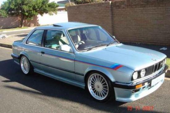 Image of BMW 333i