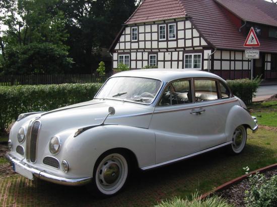 Image of BMW 502 Limousine
