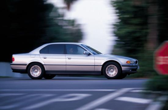 Image of BMW 740d E38