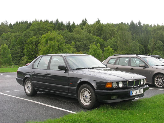Image of BMW 750iL