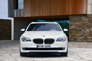 Picture of BMW 760i (F01)