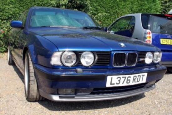 Image of BMW M5 3.8