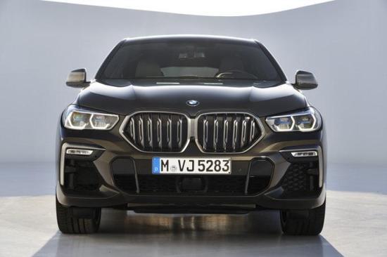 Image of BMW X6 M50i