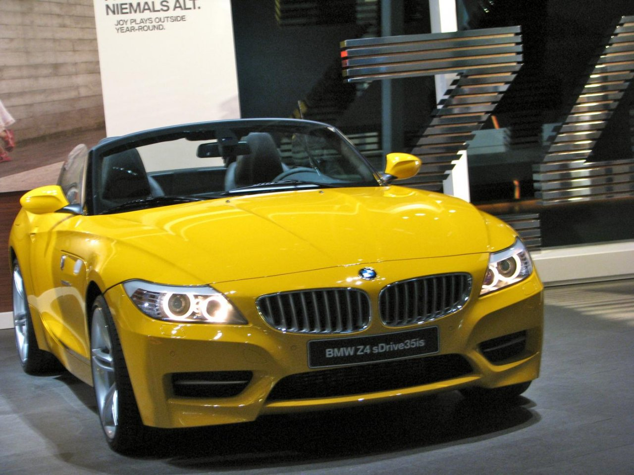 Bmw Z4 Sdrive 35is Laptimes Specs Performance Data