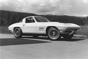 Picture of Chevrolet Corvette Stingray