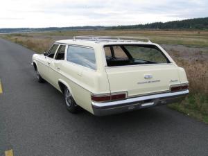 Photo of Chevrolet Impala SS 427 Kingswood Wagon