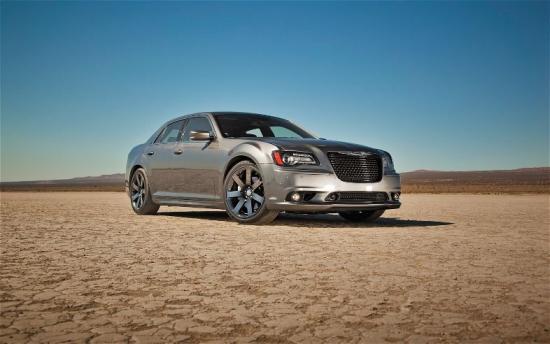 Image of Chrysler 300 SRT-8