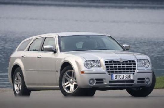 Image of Chrysler 300C SRT-8 Touring