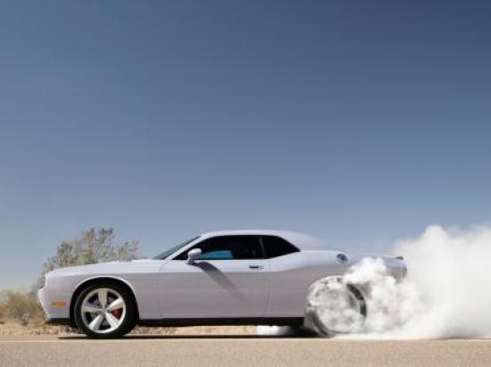 Image of Dodge Challenger SRT-8