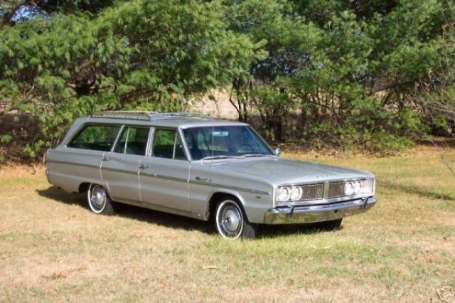 Image of Dodge Coronet 440 Wagon Hemi