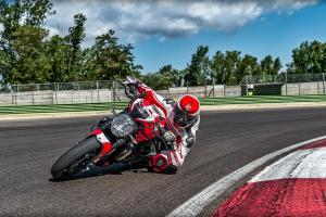 Picture of Ducati Monster 1200 R