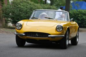Picture of Ferrari 330 GTS