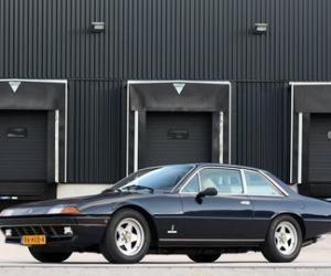 Picture of Ferrari 400 GTi