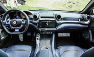 Photo of Ferrari GTC4Lusso