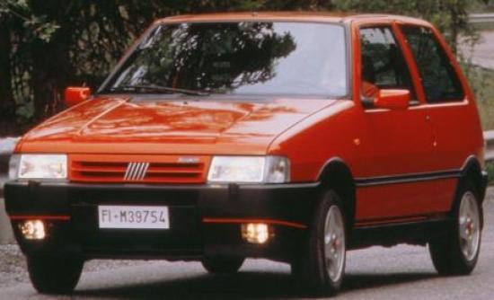 fiat-uno-turbo-2.jpg?550x800m