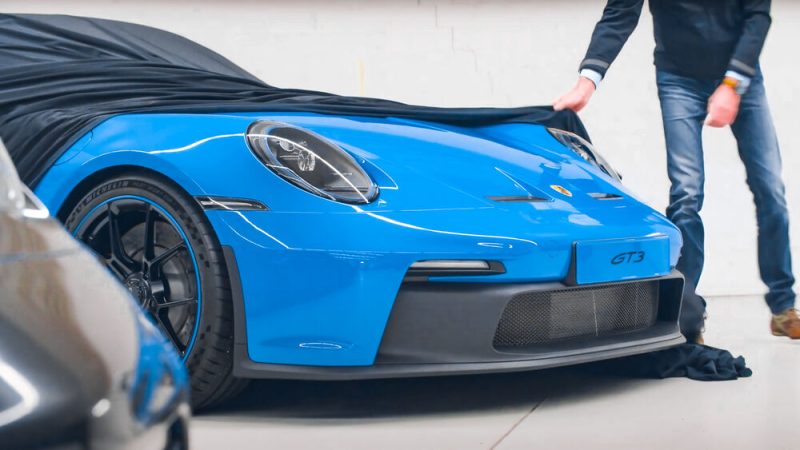 Cover for First pictures of the Porsche 992 GT3