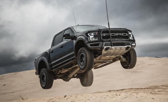 Image of Ford F-150 Raptor SuperCrew