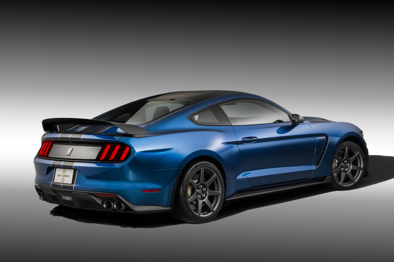 Photo of ford shelby mustang gt350r