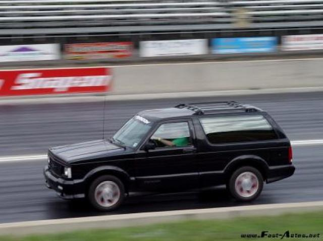 Image of GMC Typhoon