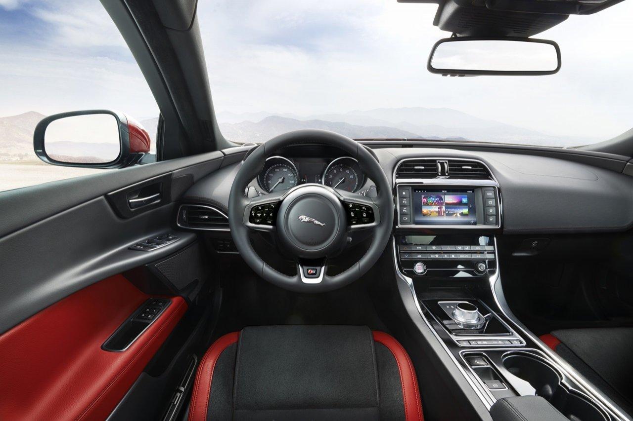Photo Of Jaguar Xe S