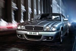 Picture of Jaguar XJR