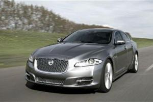 Picture of Jaguar XJR