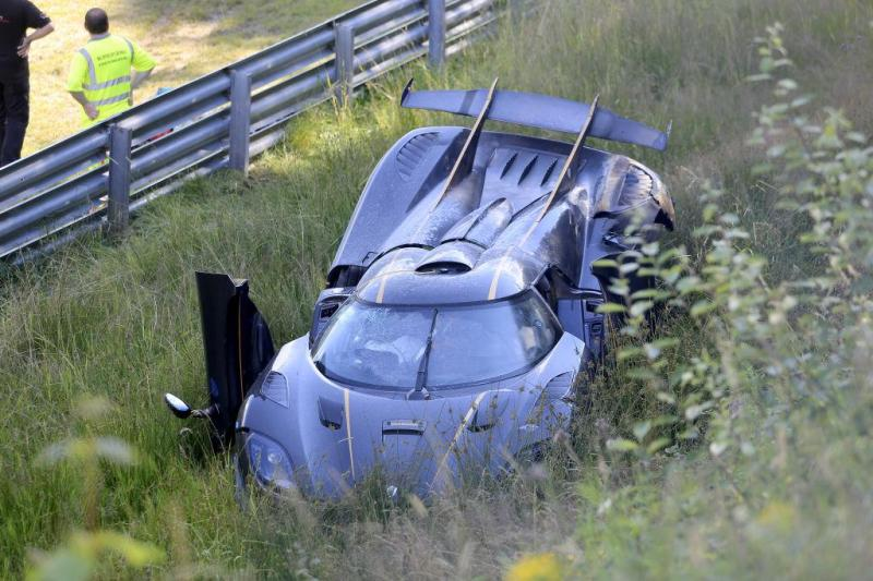 Cover for Koenigsegg One:1 smashed at the Nürburgring - no lap record any time soon