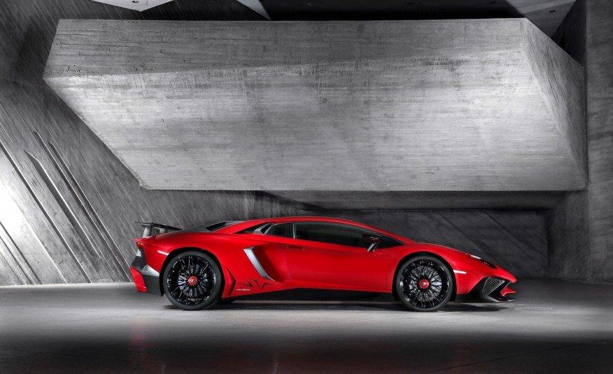 Lamborghini Aventador Lp750 4 Sv Laptimes Specs Performance Data